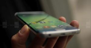 Samsung-Galaxy-S6-Edge-hands-on (9)