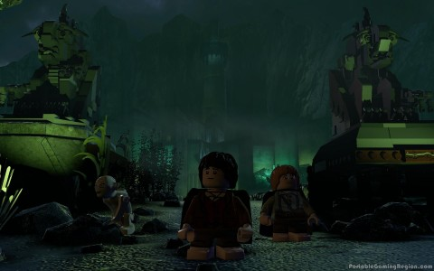 Lego-Lord-of-the-Rings-iOS-Port-Minas-Mogul-with-Gollum-Frodo-Sam